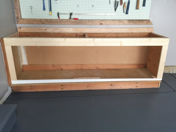 Garage Workbench - Sypsie.com